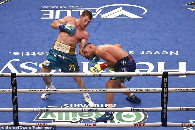Canelo Alvares Defeats Billy Joe Saunders to Unify WBO, WBF, WBA Boxing Titles